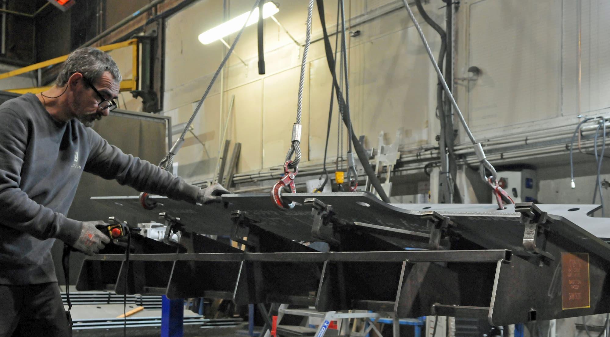 Montage soudure ensemble mécanique blindé pour la défense - JOGAM SET