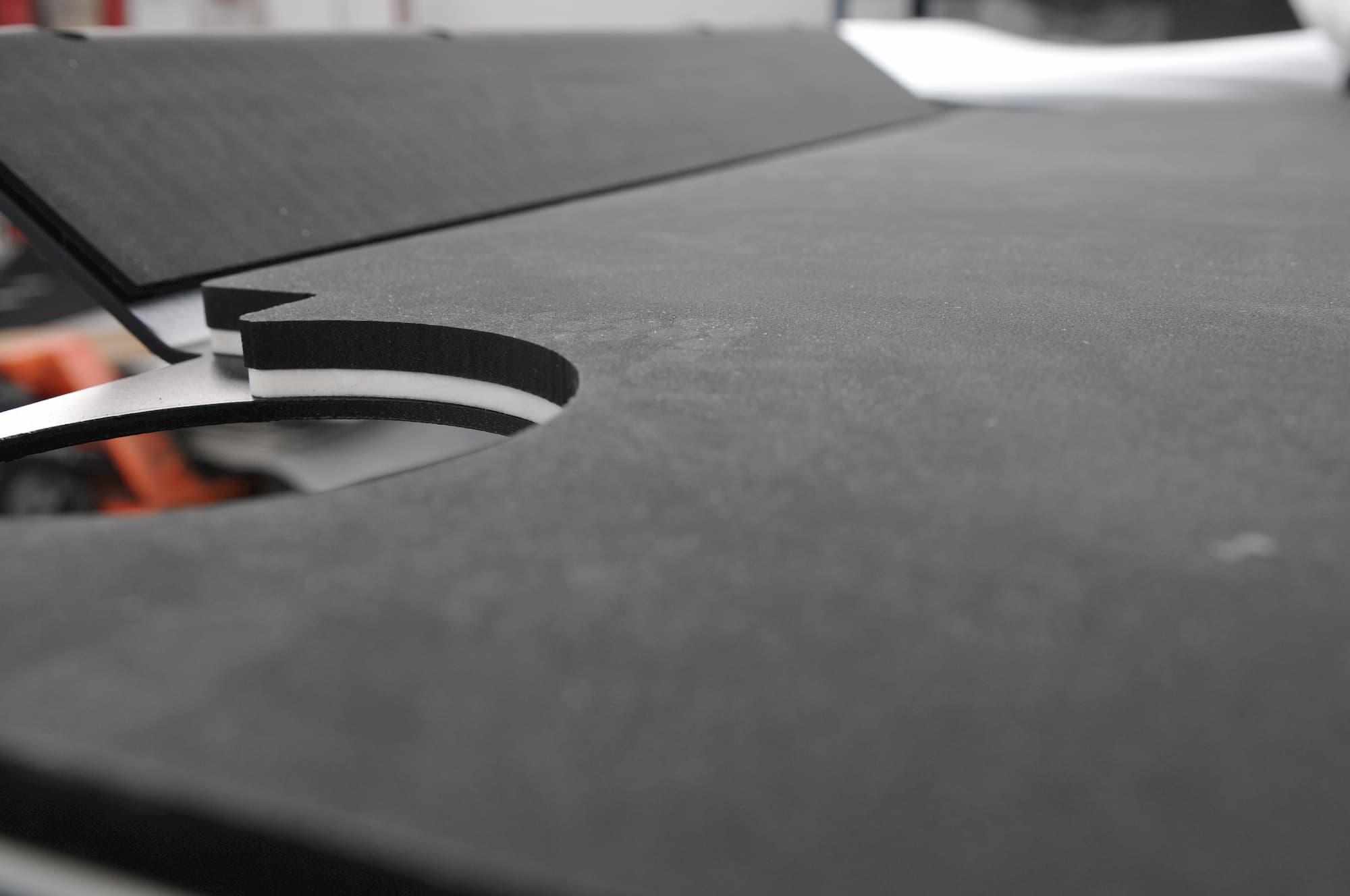 pose isolant phonique thermique sur pièce mécanique ou sur acier de blindage - JOGAM SET